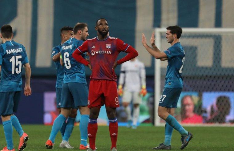 Premier League - Arsenal make Jerome Boateng offer, Chelsea bid for Moussa Dembele