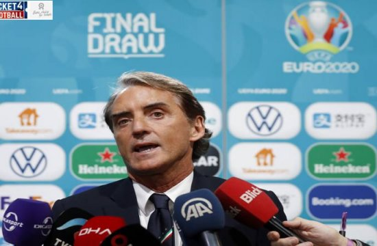 Roberto Mancini Says Italy Are Not the Favorites After Euro 2020 Draw