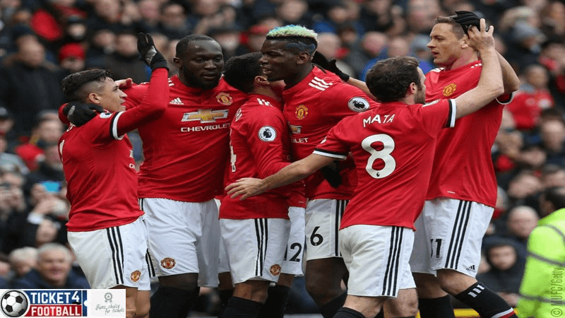 Premier League: Solskjaer told not to play Manchester United star out of position